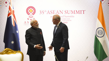 Narendra Modi and Scott Morrison met in Bangkok last year.