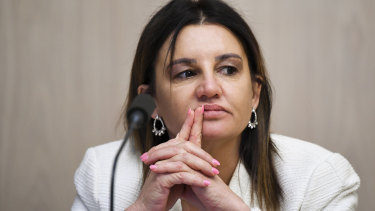 Jacqui Lambie is pushing for significant changes to the government union-busting bill.