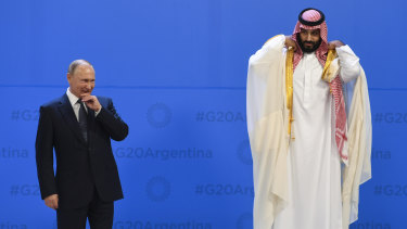 Russian President Vladimir Putin and Saudi Crown Prince Mohammad bin Salman at the 2018 G20 meeting in Argentina. Both countries face a painful transition away from fossil fuel dependency.