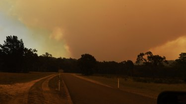 A watch and act alert remains for Wollemi National Park, where a bushfire, now spanning 82254 hectares, continues to burn out of control.