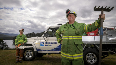 Teagan Morris (left) and Renelle Verkes, are firefighters with Melbourne Water.