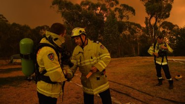 A southerly wind change moved the fire front away from homes in Yanderra.
