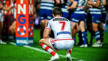 Maginalised: Ben Hunt comes to terms with a big defeat to the Bulldogs at Jubilee Oval recently, which prompted fans to boo the players from the field.