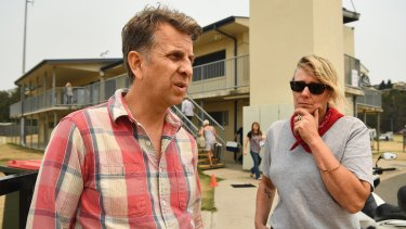 """Get out"": Transport Minister Andrew Constance and Eurobodalla mayor Liz Innes at the Batemans Bay evacuation centre on Thursday."