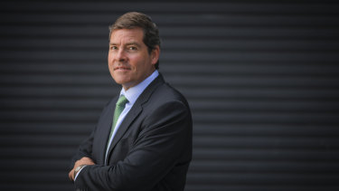 Fund manager Oliver Yates, who ran against Josh Frydenberg, says any sensible bank or insurance company would be reducing its exposure to climate risks.