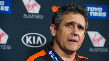 Giants coach Leon Cameron, out of contract at the end of the season, is yet to be given a new deal.