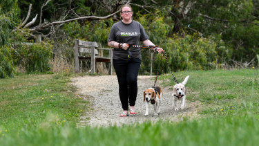 Nikki Steendam with her beagles Freckle and Ged.