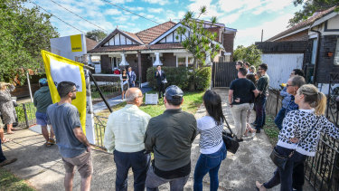 Upgraders are paying stamp duty of $100,000 in Sydney and Melbourne.