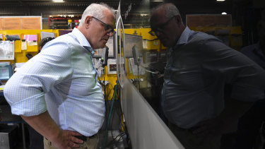 Prime Minister Scott Morrison has spoken with former leaders Kevin Rudd and John Howard about the trade impasse with China.