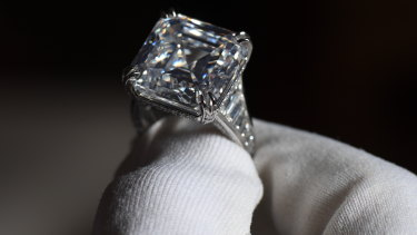 The 25-carat stone is the biggest to be auctioned in Australia.