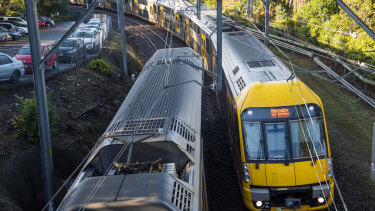 The line between Wollstonecraft and Waverton stations on the North Shore Line has some of the tighest bends on Sydney's rail network.