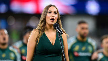 Olivia Fox sings the national anthem ahead of Wallabies and Argentina.