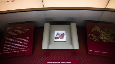 A small fragment of what the Museum of the Bible questioned was part of the Dead Sea Scrolls (bottom) turned out to be fake.