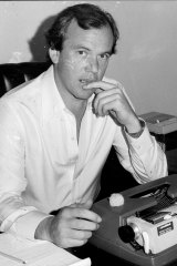 Mike Willesee at his desk in 1978.