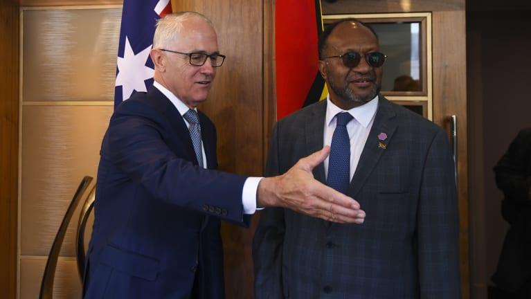 Australian Prime Minister Malcolm Turnbull met with Vanuatu's Prime Minister Charlot Salwai in London.
