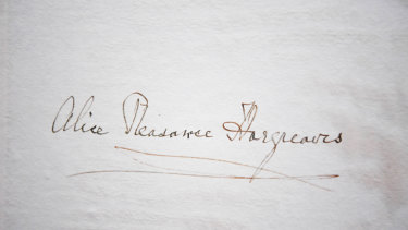 The signature of Alice Hargreaves (nee Liddell), in the 1933 Alice In Wonderland book.