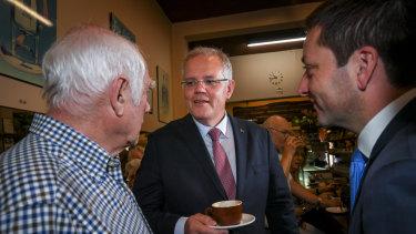 Prime Minister Scott Morrison and Opposition Leader Matthew Guy meet Pellegrini's co-owner Nino Pangrazio.