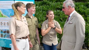Terri Irwin, Bob Irwin, Bindi Irwin with Prince Charles.