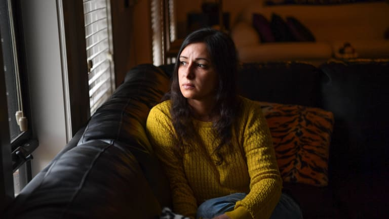 Jessica Panetta lives with chronic pain caused by endometriosis.