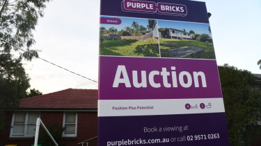 The heat is coming out of the property market. Only half the properties that went to auction in Sydney and Melbourne on the weekend found buyers.