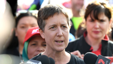 Sally McManus shas agreed to let ACTU volunteers hand out how-to-vote cards putting the Greens first in Higgins.