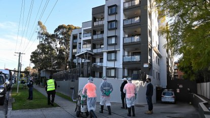 'This is imprisonment': Blacktown apartments in lockdown after COVID outbreak