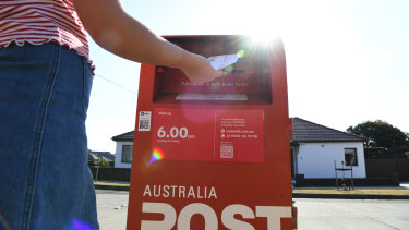 Australia Post and the posties' union have struck a peace deal as the organisation deals with the COVID-19 crisis.