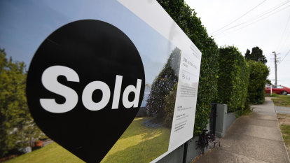 Perth property plunge reversed, experts predict a return to the boom days