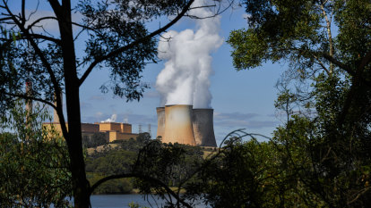 Yallourn exit ratchets up risk of future blackouts in Victoria, SA