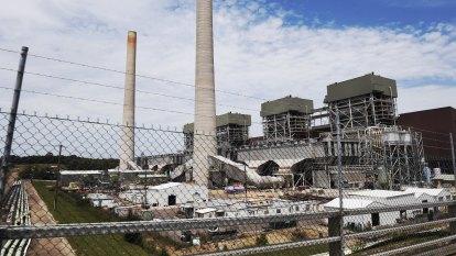 Nation's top coal plant cuts output amid COVID-19, renewables pressure