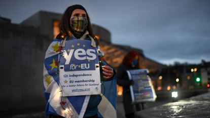 Scottish nationalists demand billions in 'Brexit compensation'