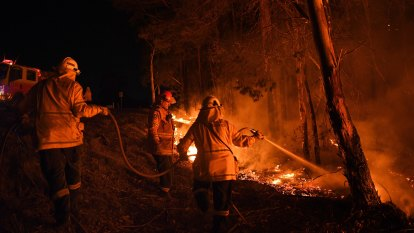 Tax the resources sector to boost firefighting forces, expert says