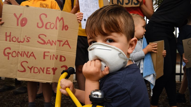 'There is no excuse': Parents and students demand climate action