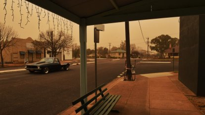 Dust storm blankets parts of NSW after cold front