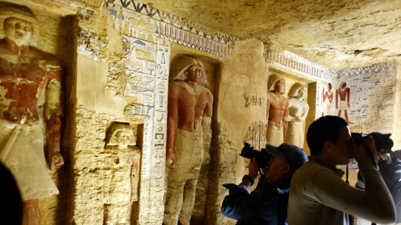 Egypt announces discovery of 4400-year-old tomb