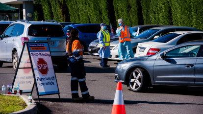 NSW to tighten restrictions as COVID-19 Casula cluster rises to 21