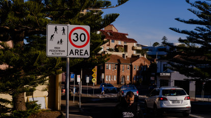 Manly cuts speeds to 30km/h to become NSW's slowest suburb