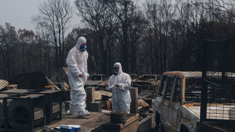 Asbestos fears linger for NSW residents following bushfires