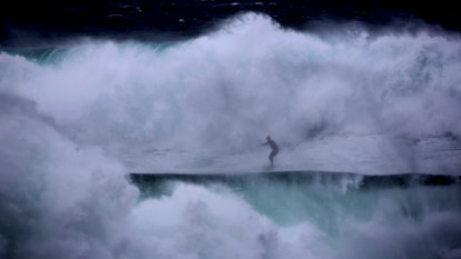 'Stay out of the water': Huge waves recorded off Sydney's coast