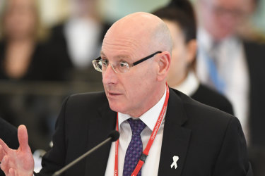 The Director-General of Queensland Health Michael Walsh has announced he will resign in September.