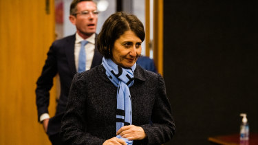 Premier Gladys Berejiklian has called for paramedics to 'wait for the budget'.