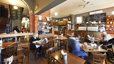 Shop 1 in the Cumberland Hotel in Brunswick was leased for $112,500 per annum to Plonk Bar & Eatery.