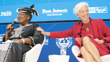 Ngozi Okonjo-Iweala, left, with former IMG managing director Christine Lagarde at the IMF/World Bank annual meetings in 2017.