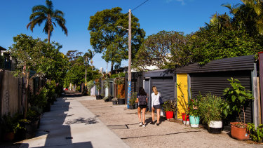Womerah Lane in Darlinghurst is used by residents to socialise during the pandemic.