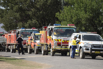 An RFS strike team prepares to head out to the Good Good fireground near Cooma.