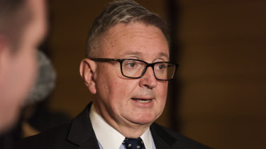 NSW Energy Minister Don Harwin wants retailers to offer lower prices.