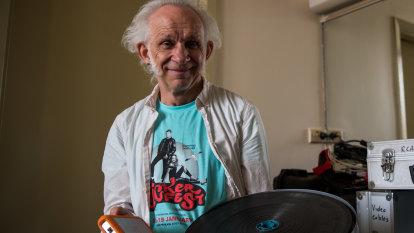 Meet Sydney's last movie projectionist