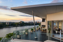 The three-bedroom, three-bathroom, three-carpark penthouse apartment at 1710/45 Duncan Street, in Brisbane's West End sold after auction for $1,620,000.