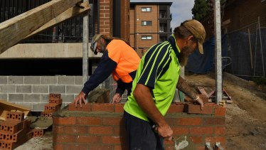 Building in some areas of Perth could be 'financial suicide', experts warn.