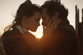 Emma Mackey and Romain Duris in Eiffel.